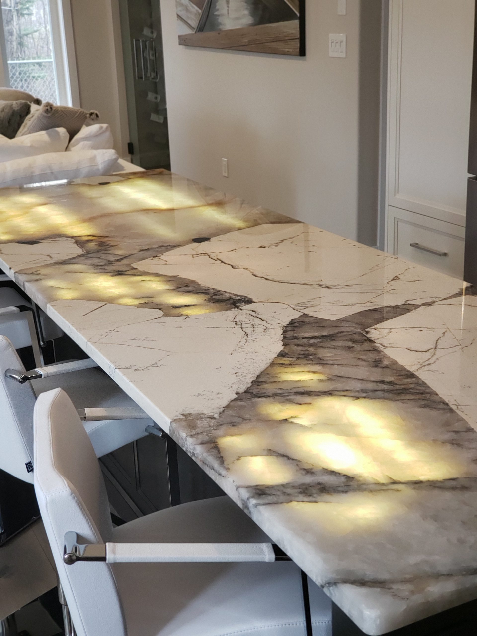backlit onyx countertop